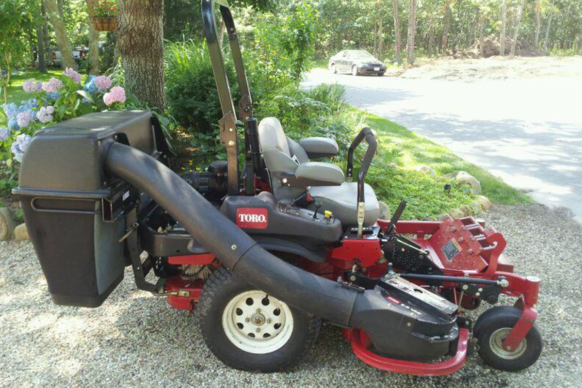 one-of-of-toro-mowers